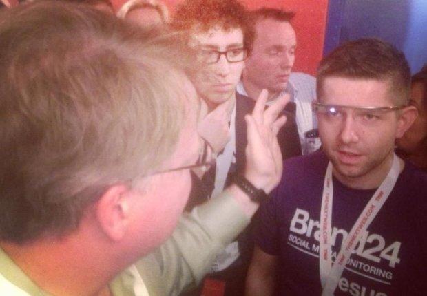 Michał Sadowski z Google Glass